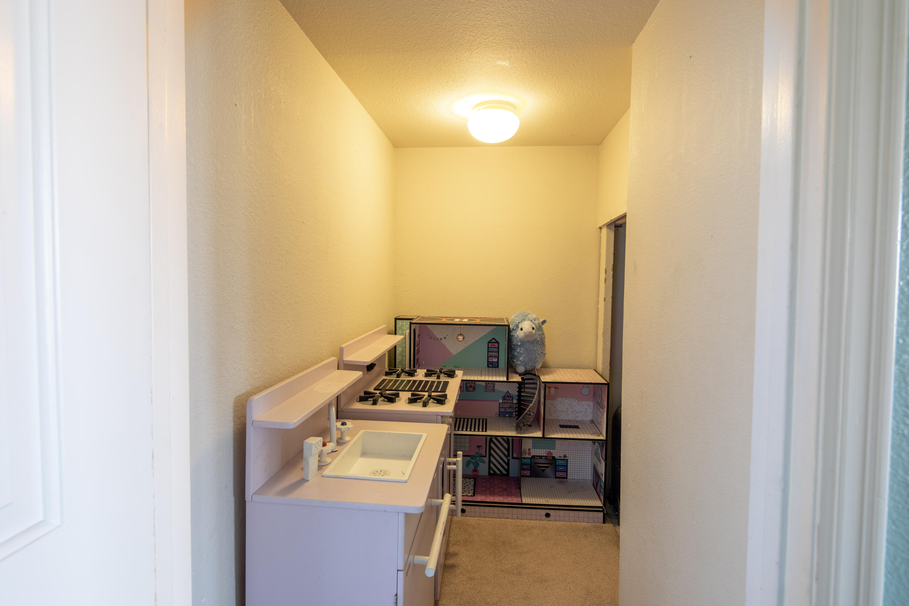 Property Image #30 for MLS #22105587