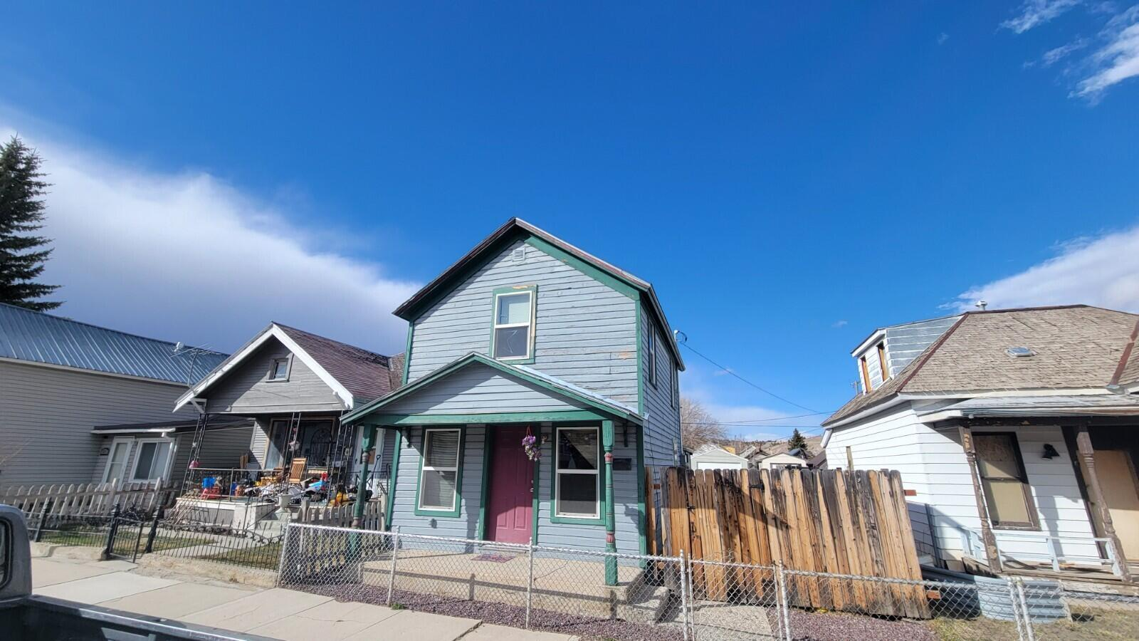 Cute house in Anaconda. Nice lot. Spacious upstairs has 1 bedroom and bonus space that could act as a second non-conforming bedroom. 1 full bathroom. Recently remodeled. Conveniently located. Call Robert Medof at 406-203-7621, or your real estate professional.