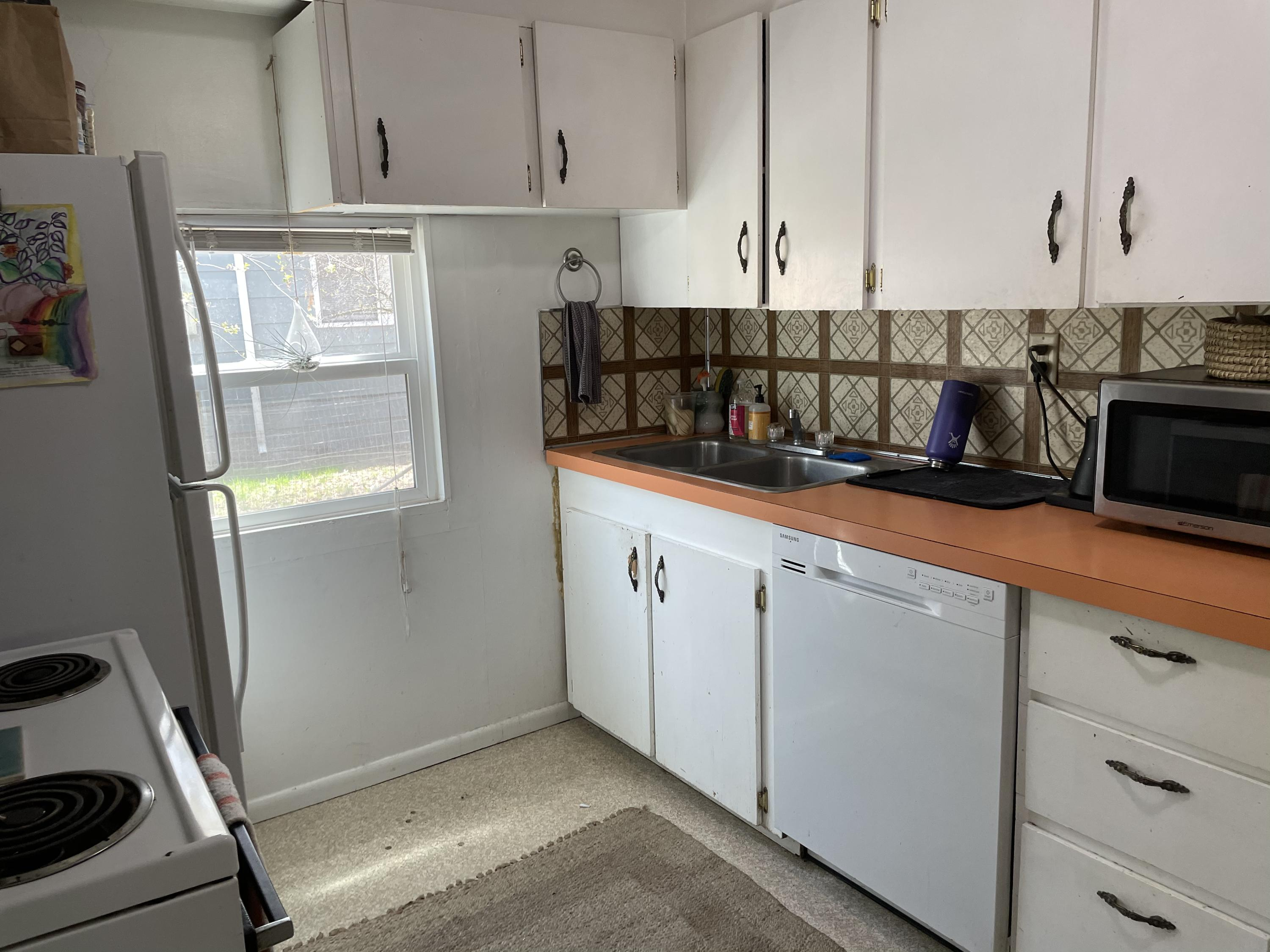 Property Image #2 for MLS #22106075