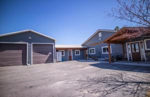 523 Bass Lane, Corvallis, MT 59828