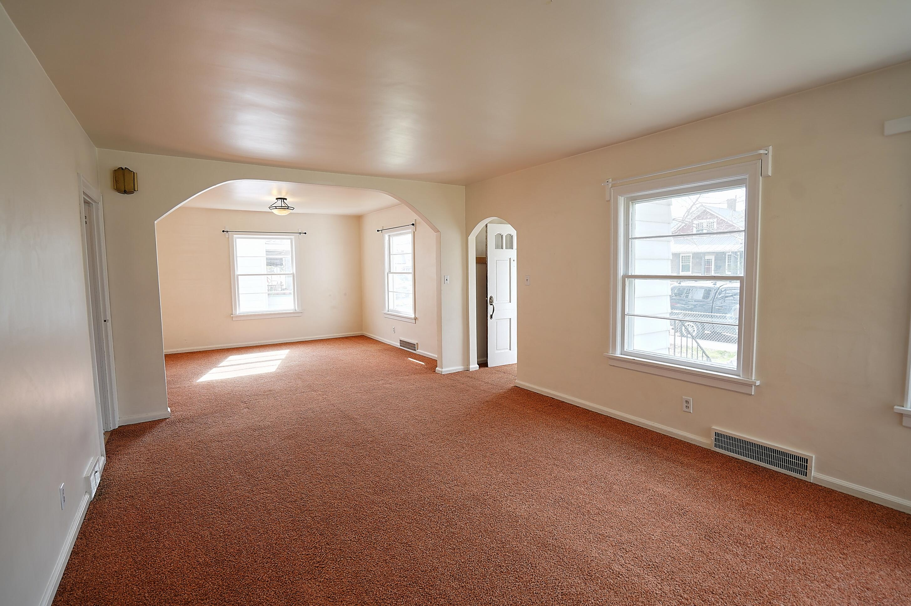 Property Image #2 for MLS #22106303