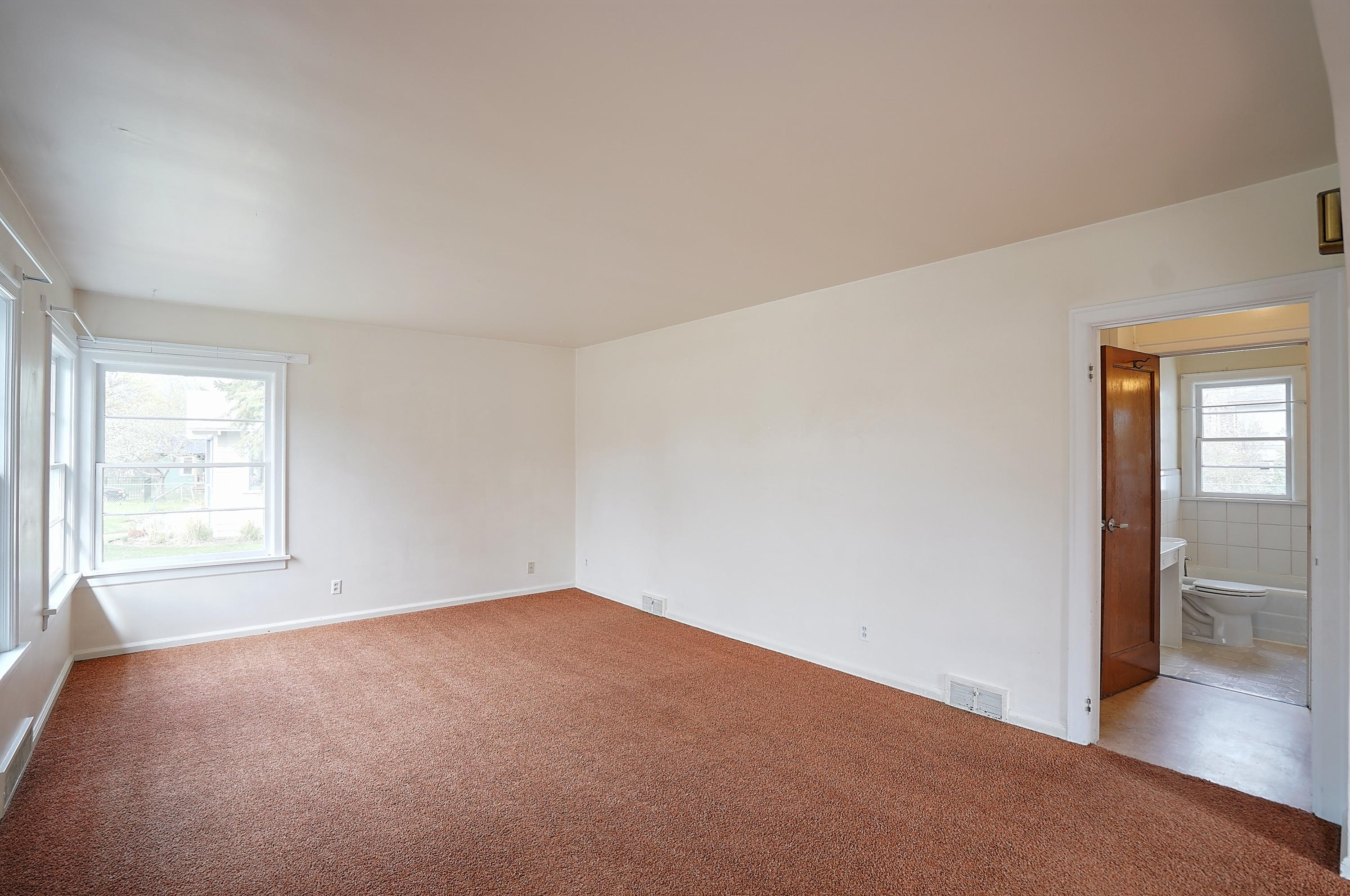 Property Image #4 for MLS #22106303