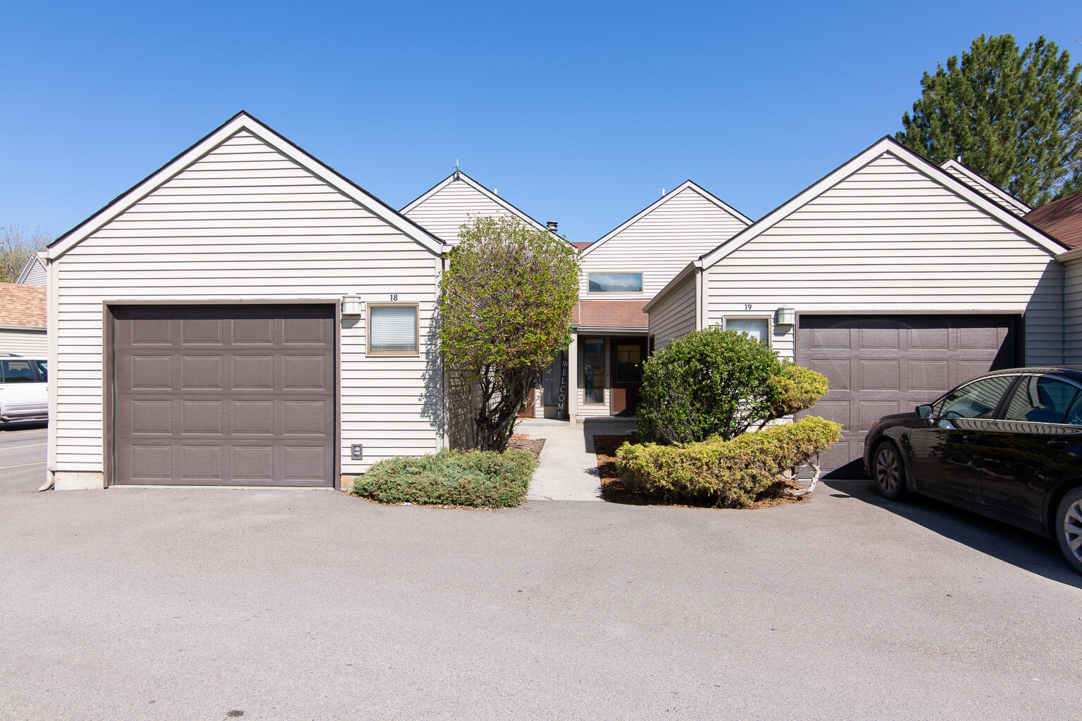 Property Image #1 for MLS #22106321