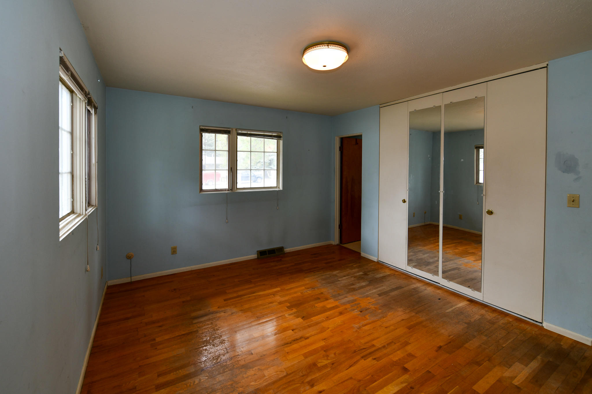 Property Image #6 for MLS #22103095