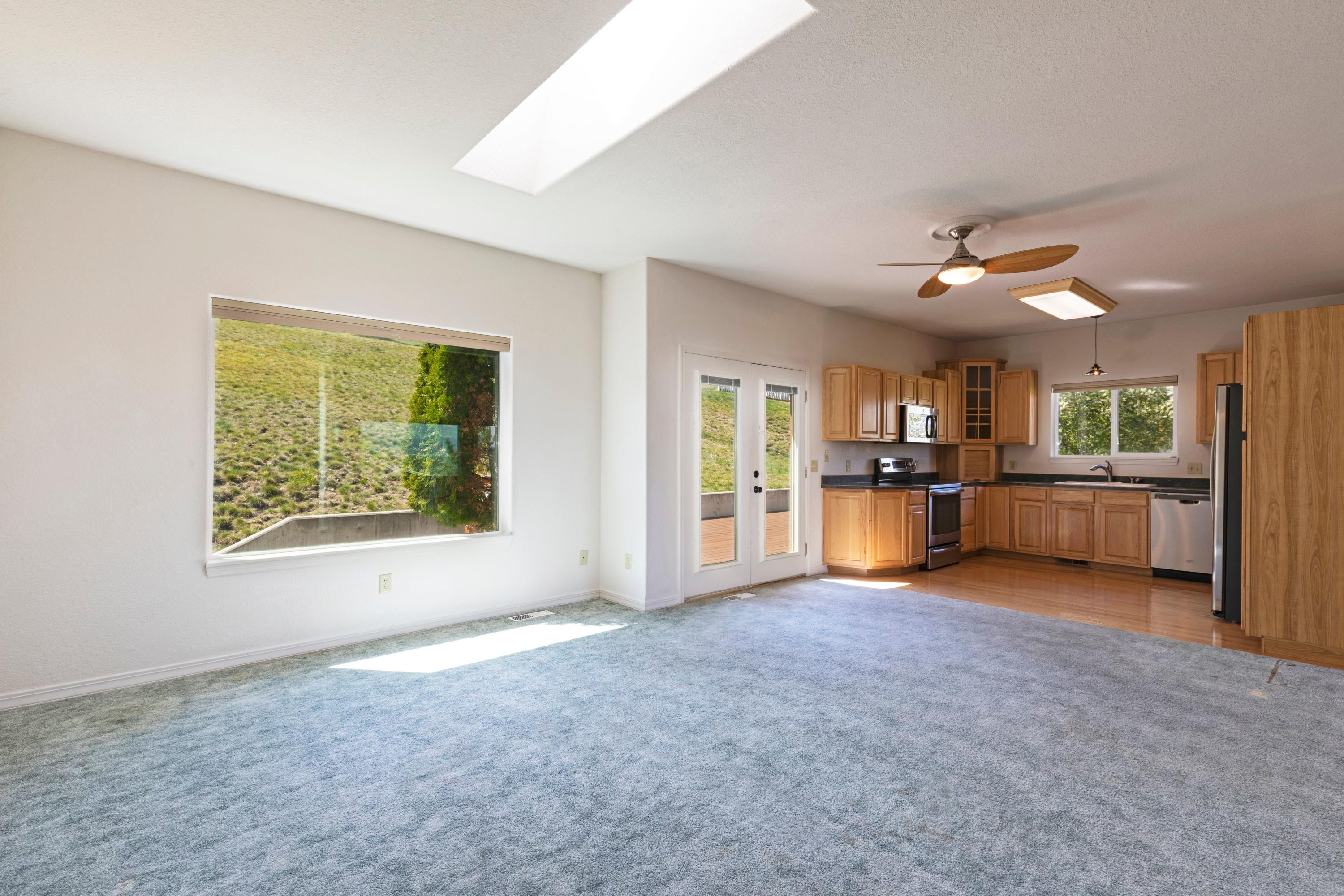 Property Image #2 for MLS #22106884
