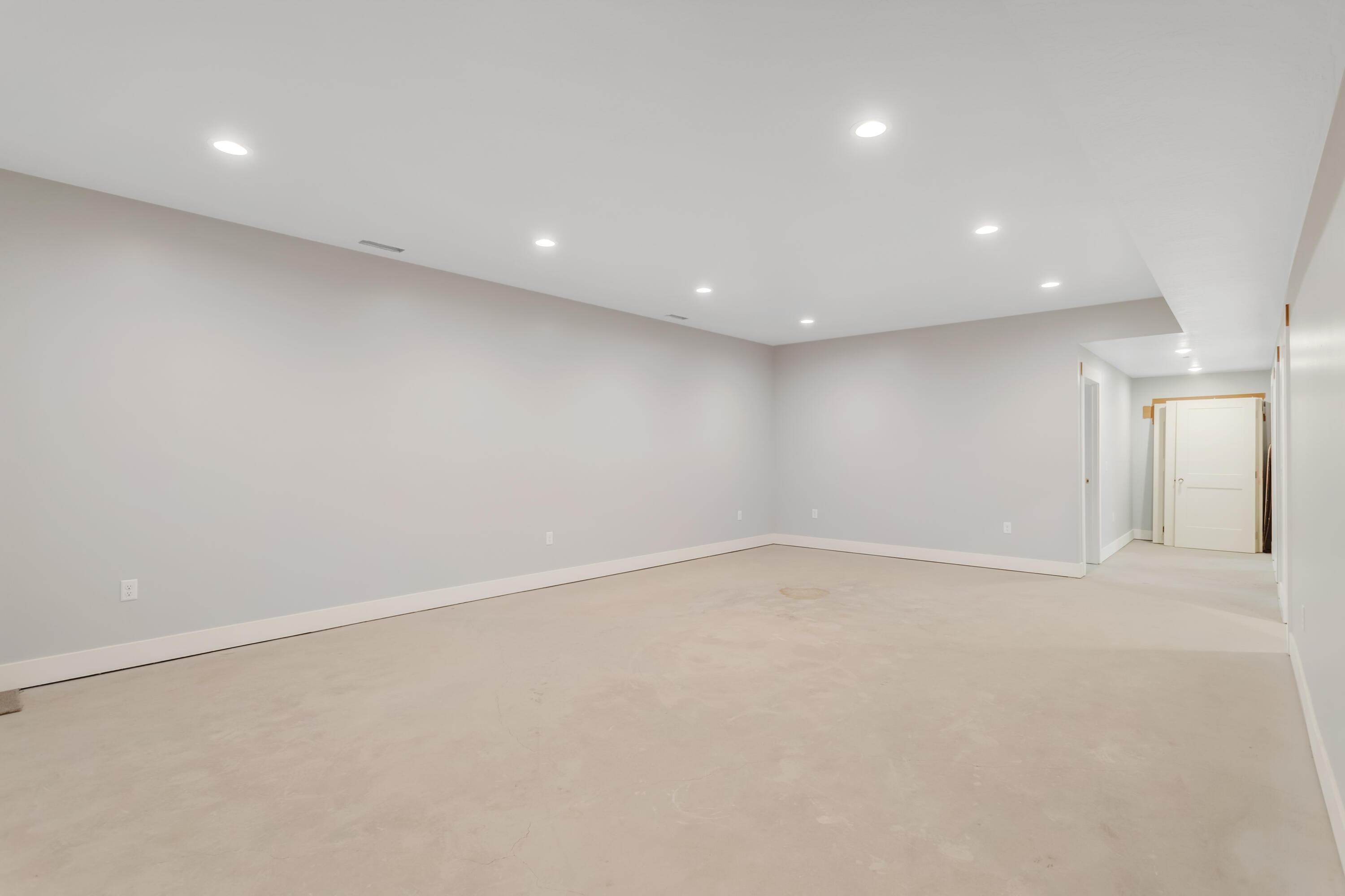 Property Image #4 for MLS #22107340