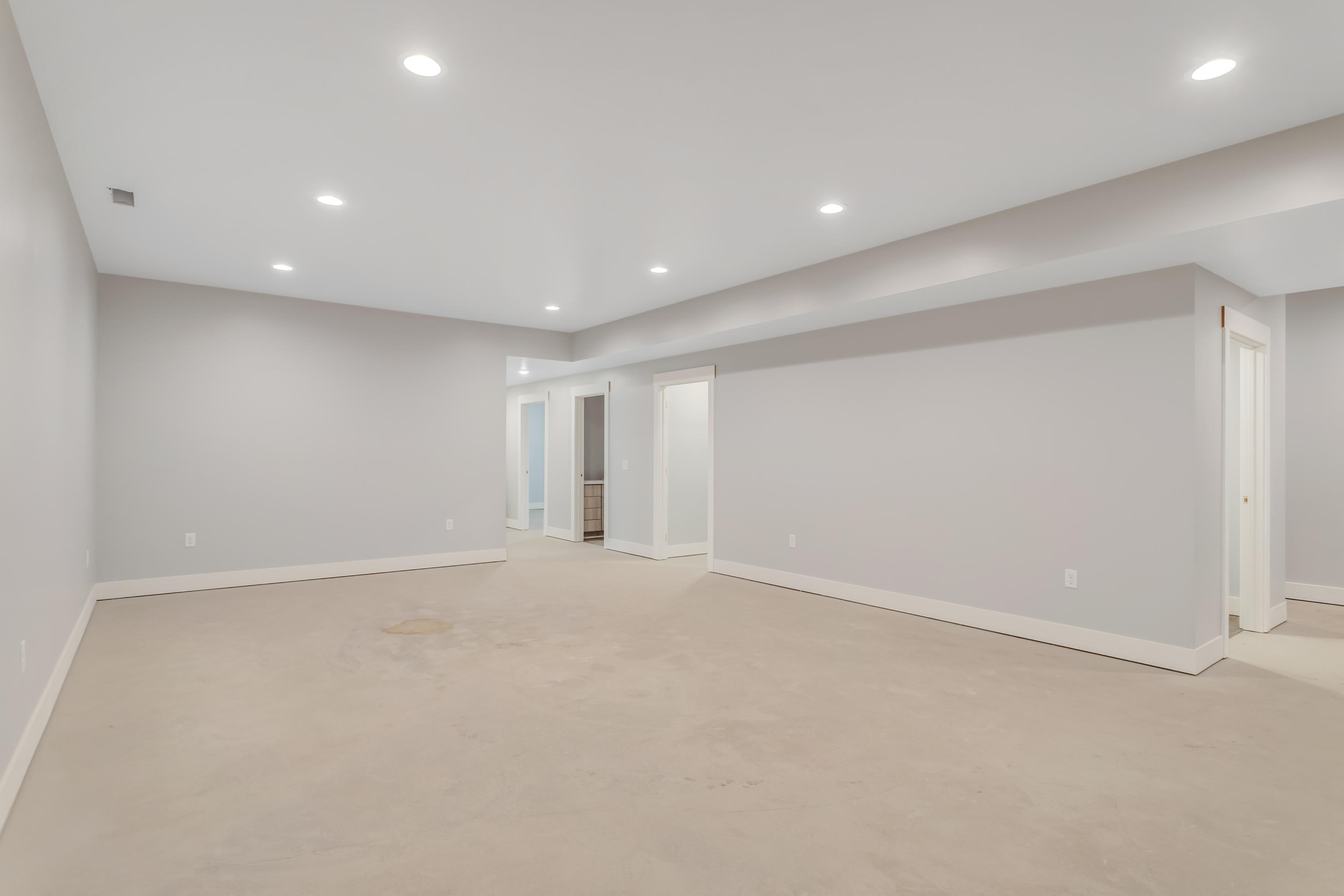 Property Image #5 for MLS #22107340