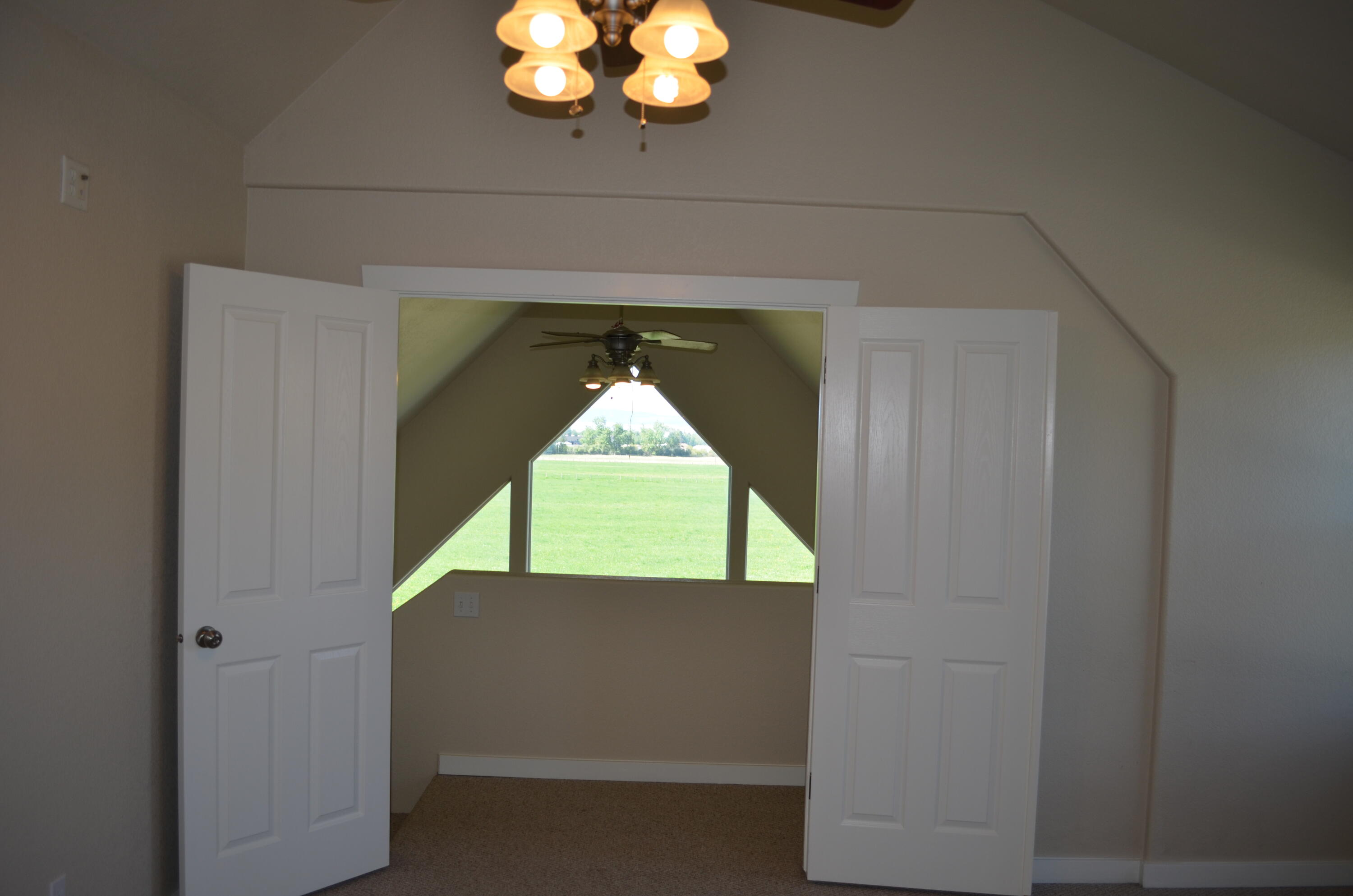 Property Image #10 for MLS #22107761