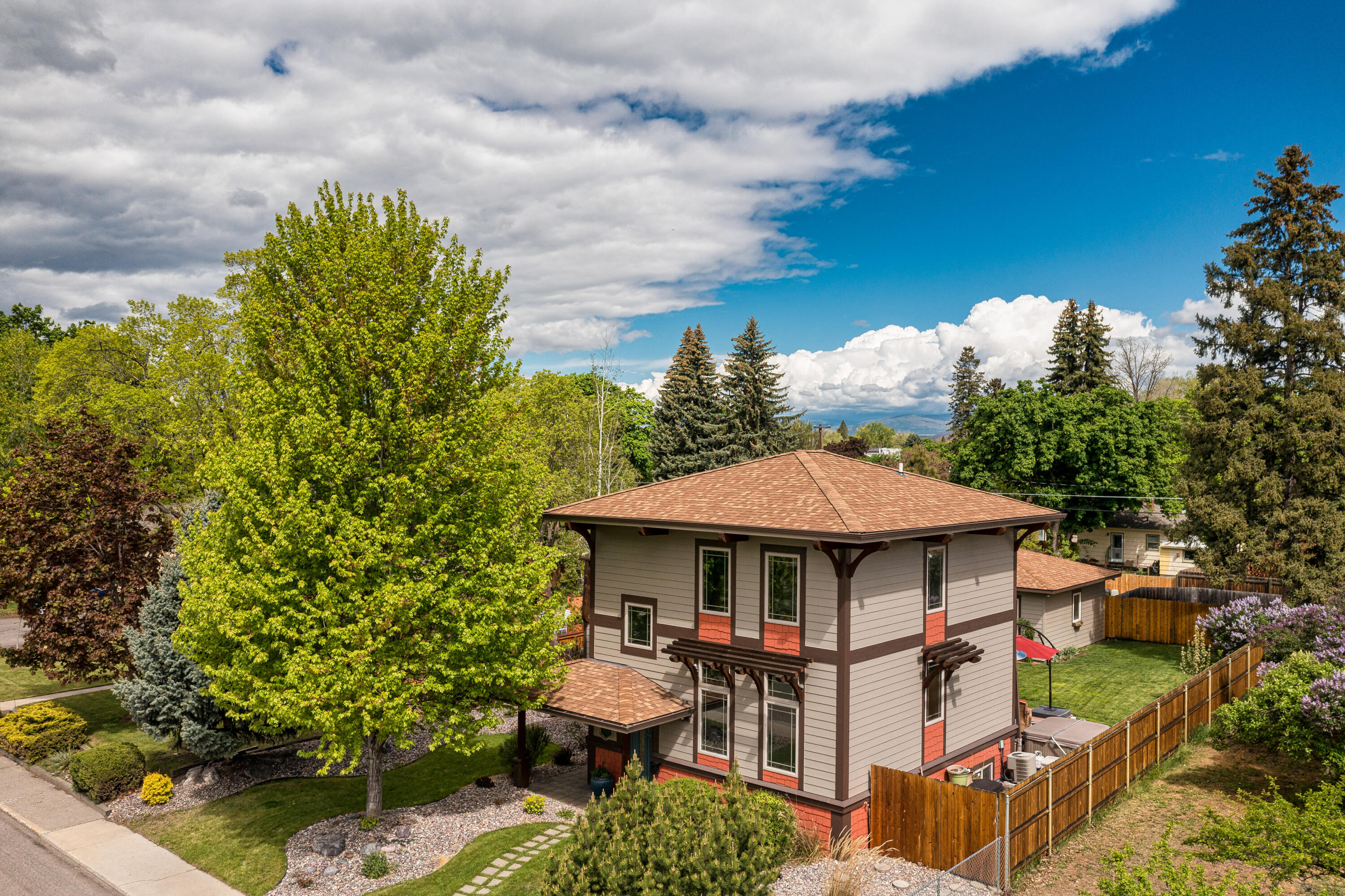 Property Image #2 for MLS #22107869