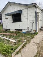 421 17th Street North East, Black Eagle, MT 59414