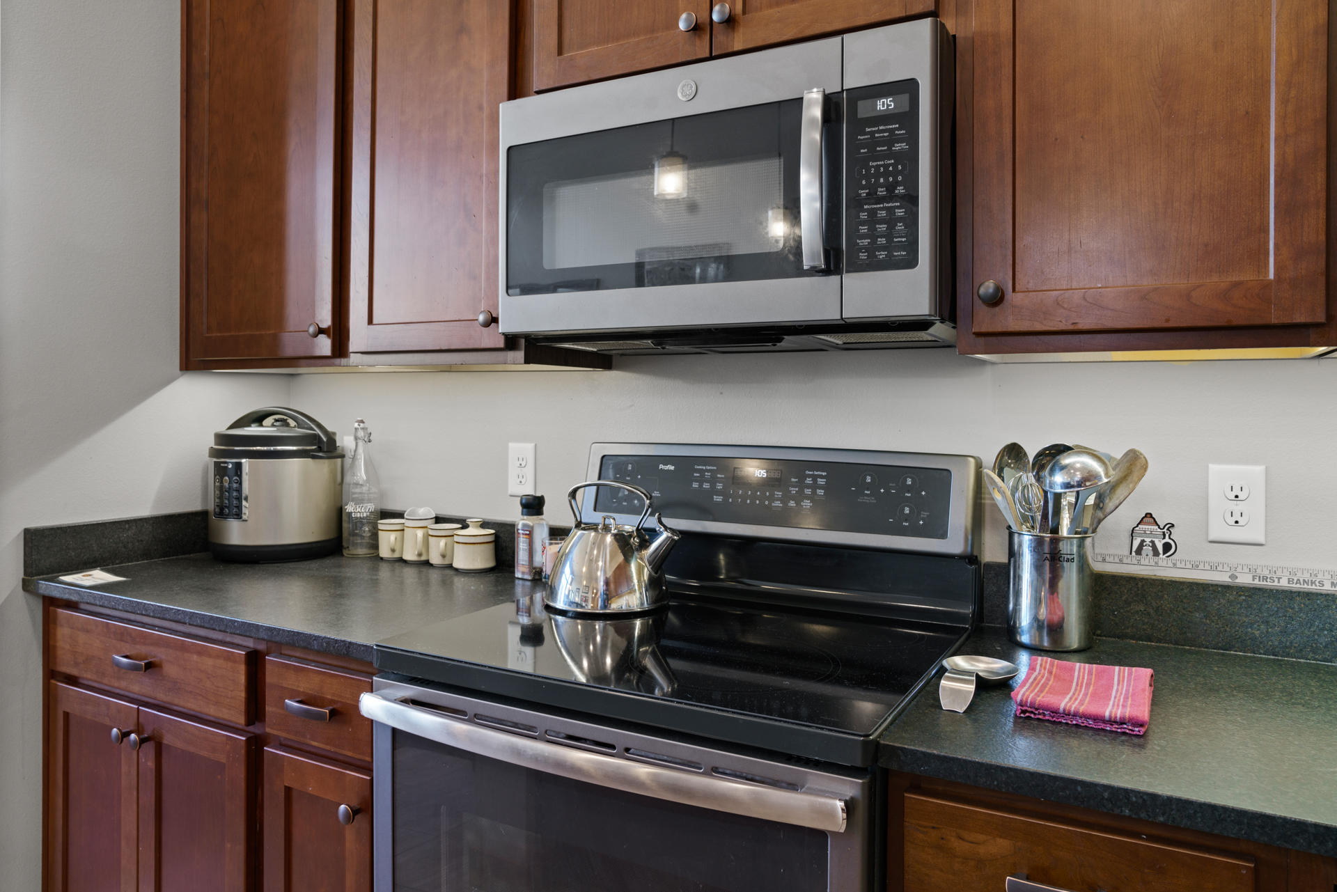 Property Image #17 for MLS #22107901