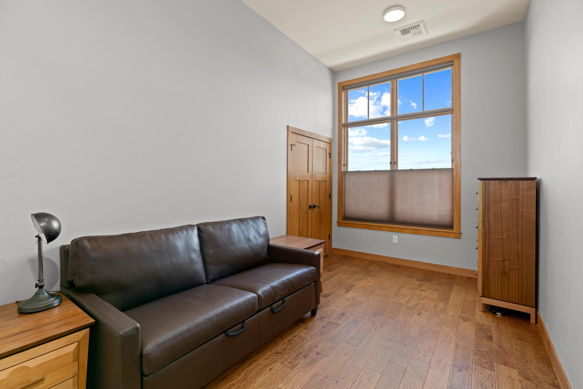 Property Image #6 for MLS #22107901