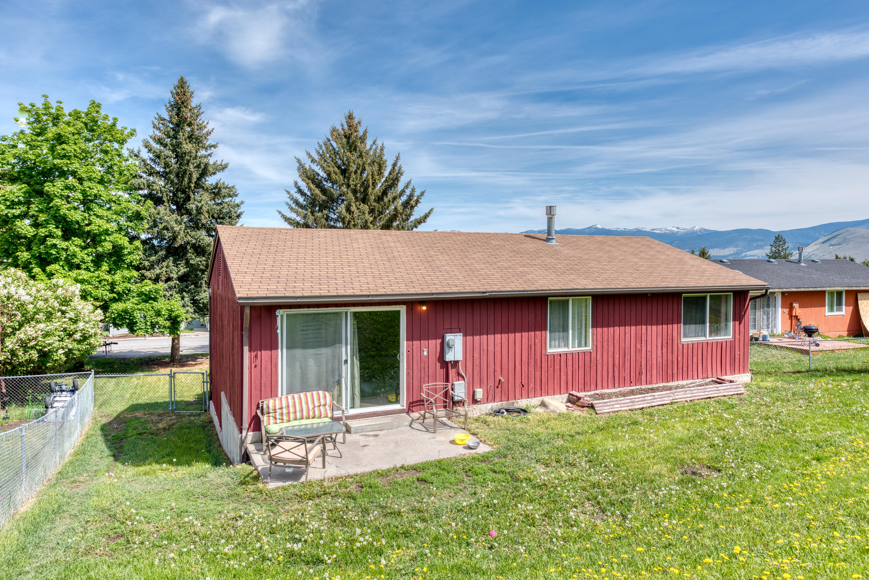 Property Image #2 for MLS #22107945