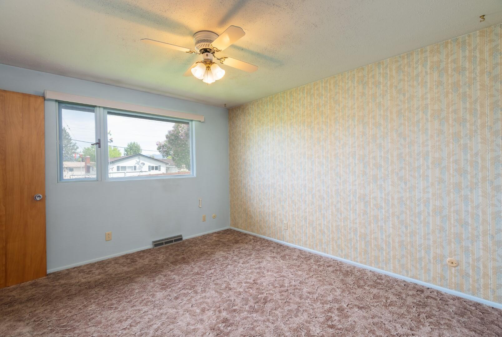 Property Image #2 for MLS #22108038