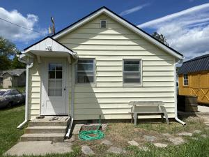 411 Orchard Street, Hot Springs, MT 59845