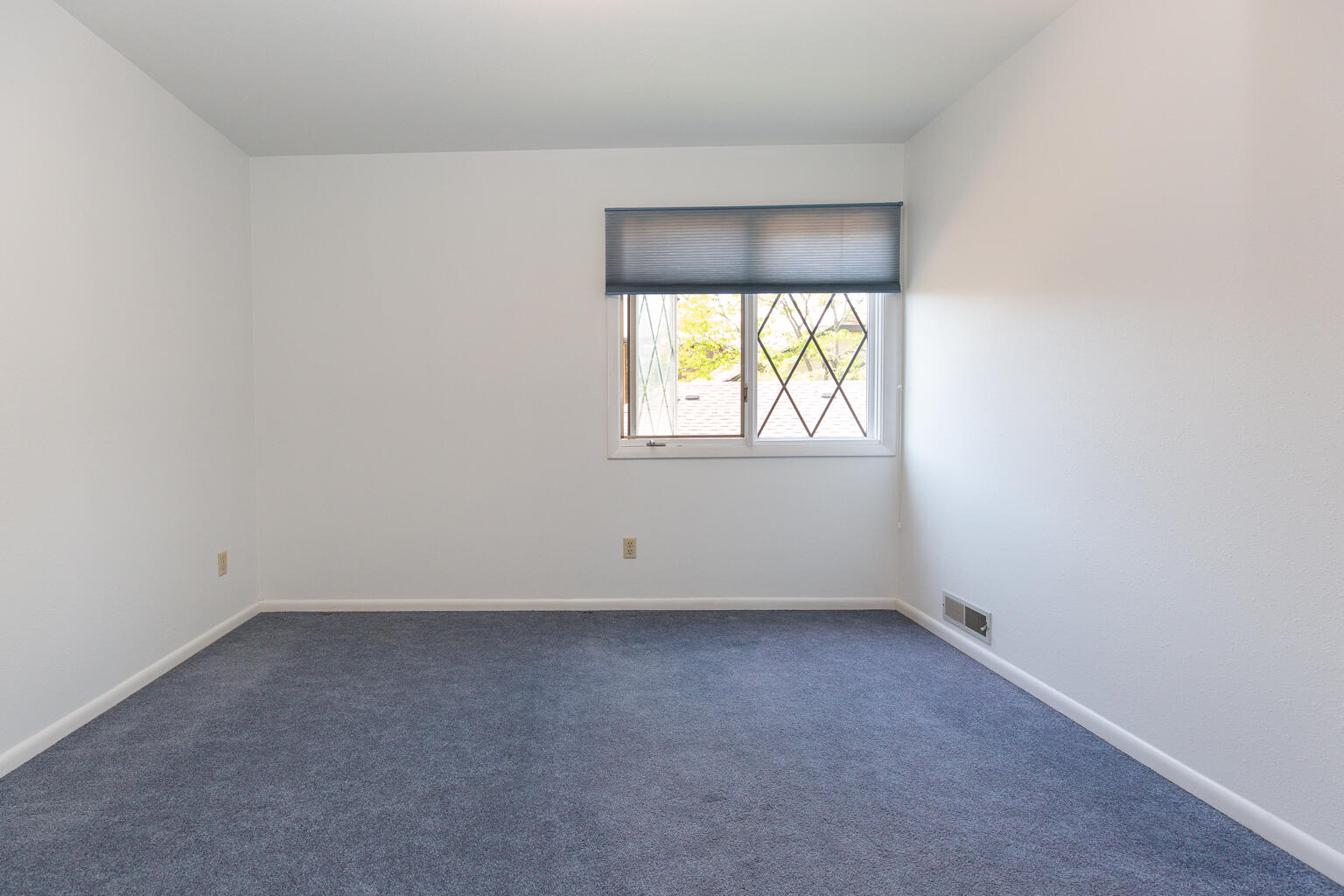 Property Image #14 for MLS #22108736