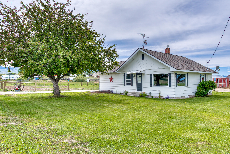 379 N Birch Creek Road, Corvallis, MT 59828