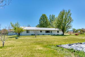110 Dove Lane, Hamilton, MT 59840