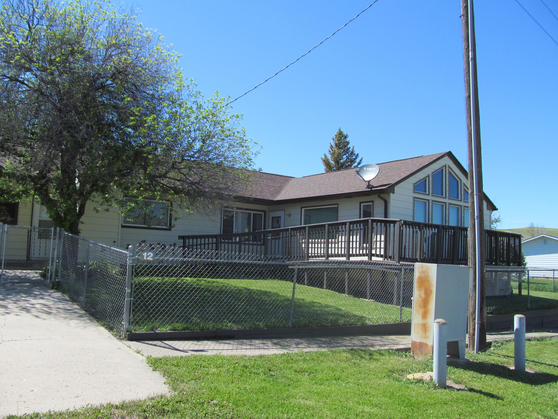 12 Cottonwood Avenue, Stockett, MT 59480