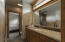 Jack and jill bath between main floor bedrooms