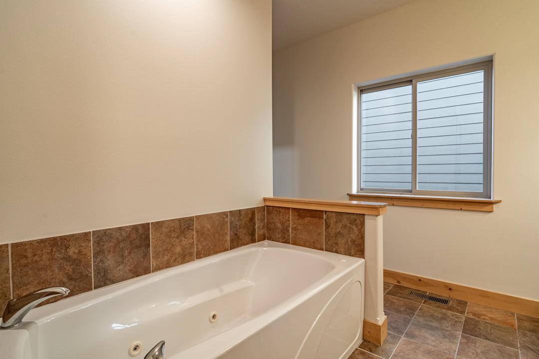 Property Image #9 for MLS #22110024
