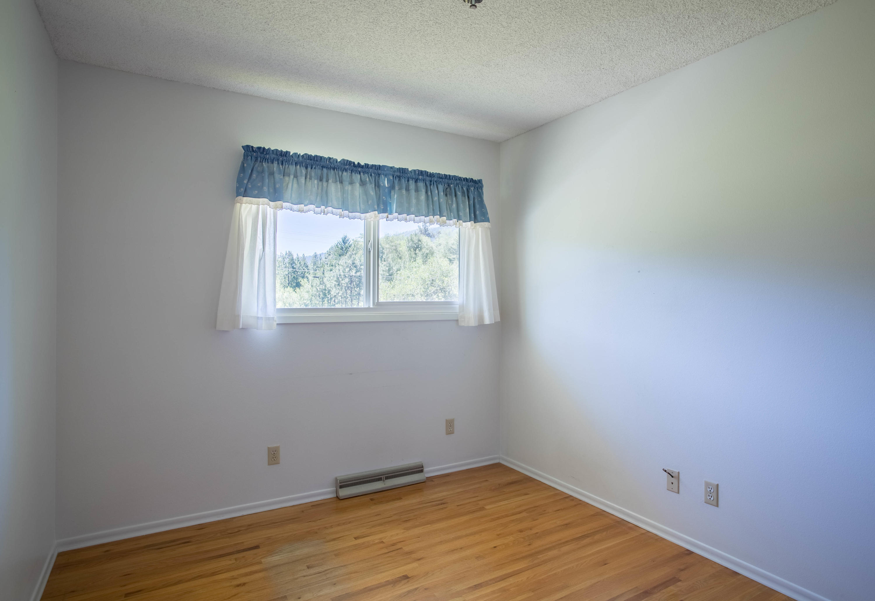 Property Image #6 for MLS #22110046