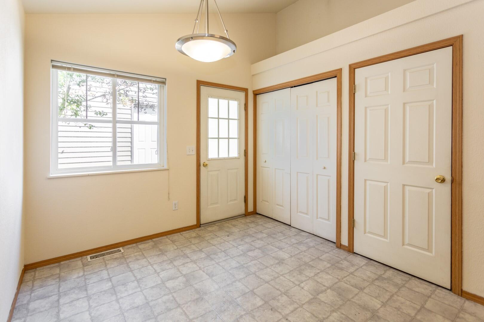 Property Image #2 for MLS #22110414