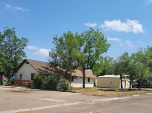 301 1st Avenue South, Sunburst, MT 59482