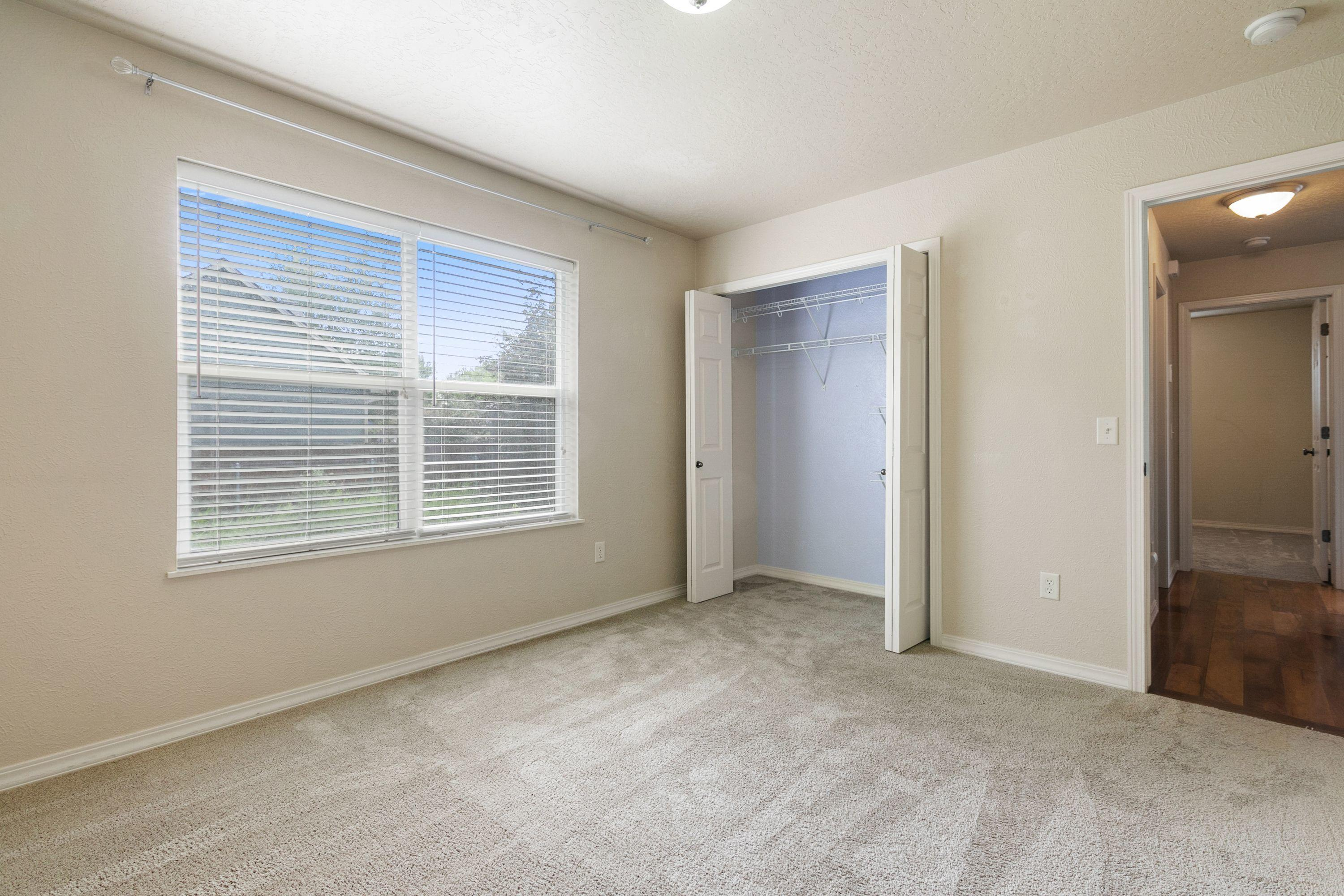 Property Image #2 for MLS #22110993