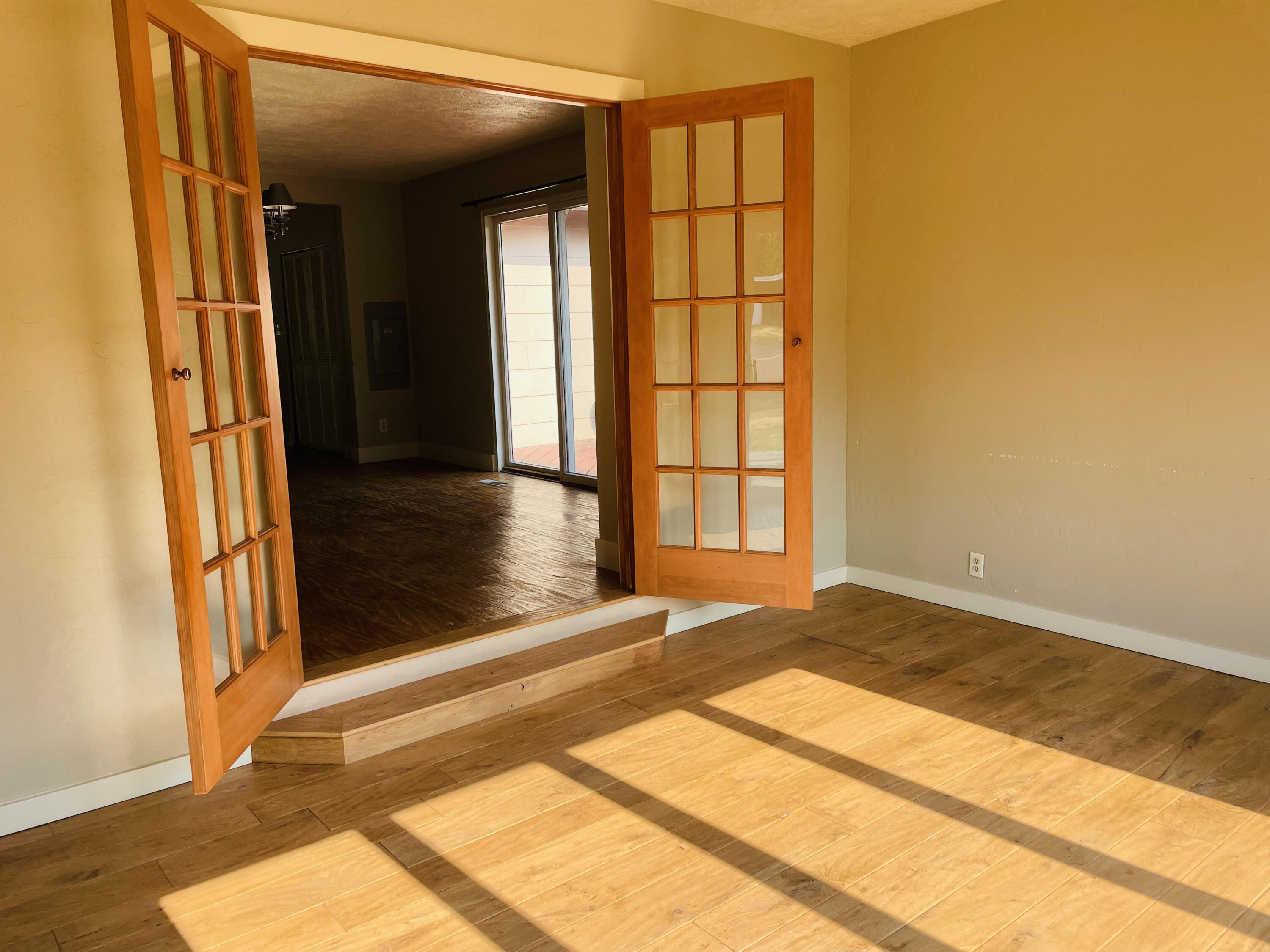 Property Image #6 for MLS #22111165