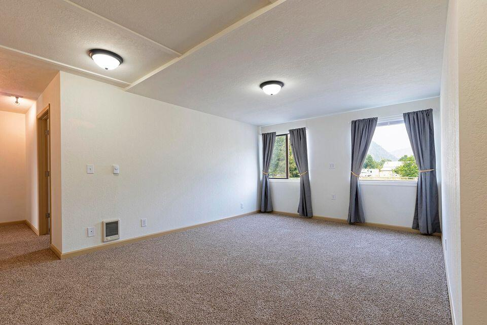 Property Image #7 for MLS #22111076