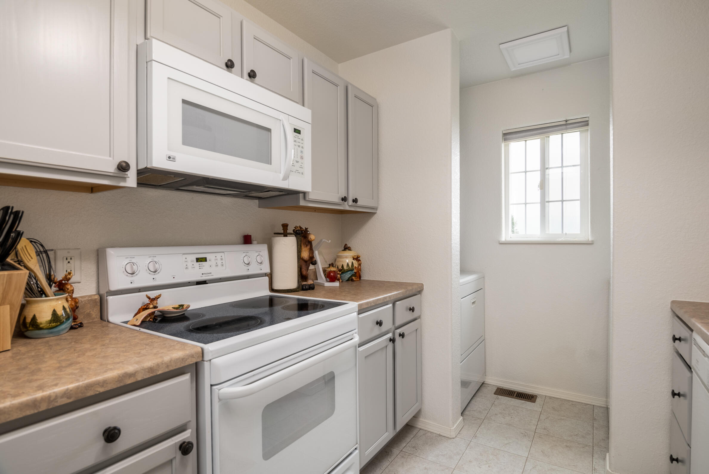 Property Image #2 for MLS #22112862