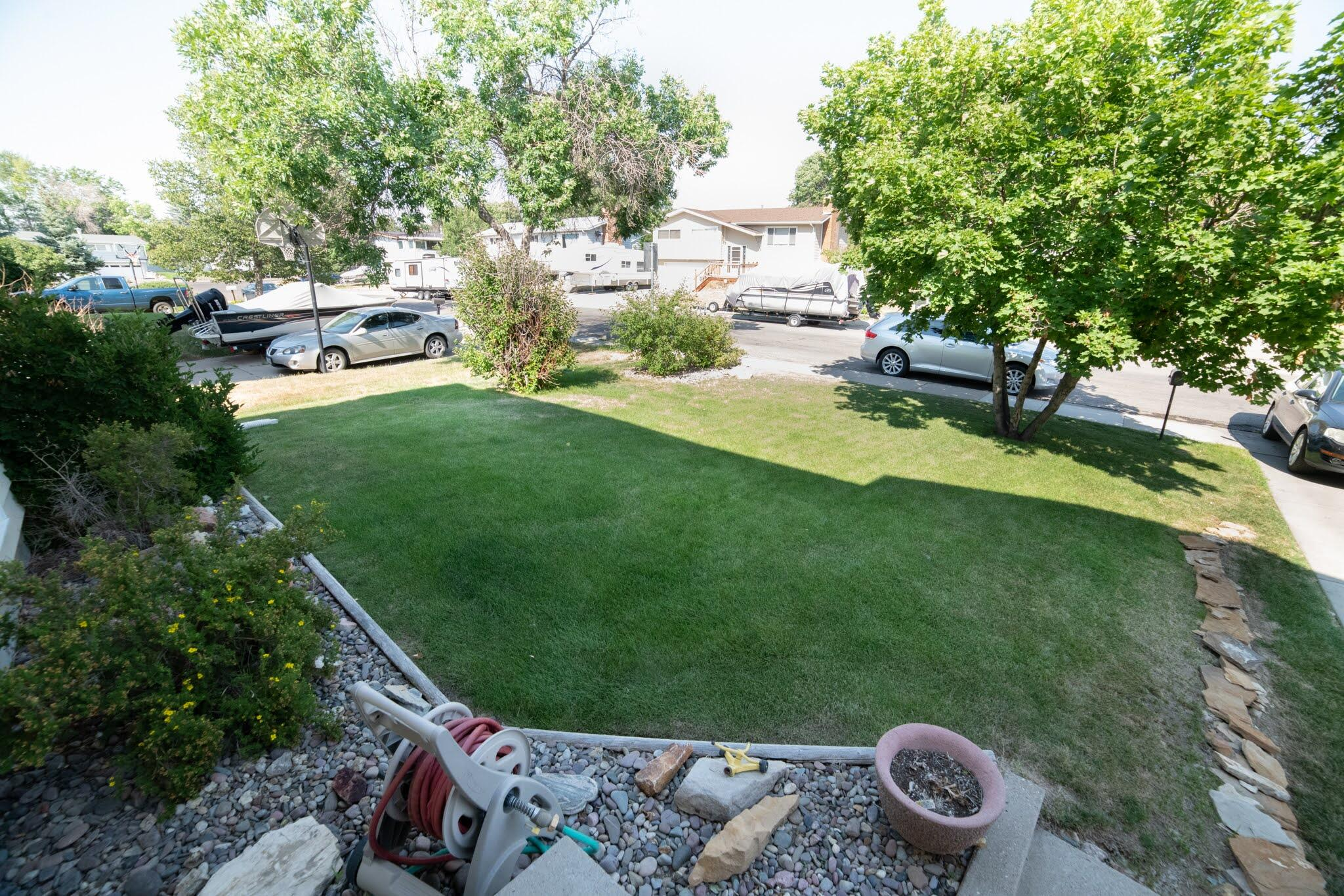 Great find in Fox Farm for under 250,000! Come check out this well taken care of Delmar home which boasts great curb appeal from the front yard and continues into the back yard. The backyard comes complete with deck and hot tub. This home is move in ready as but could also be updated to add value. Listed by Joseph Lee