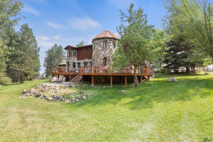 644 & 642 Fred Burr Road, Victor, MT 59875