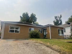 233 South Central Avenue, Cut Bank, MT 59427