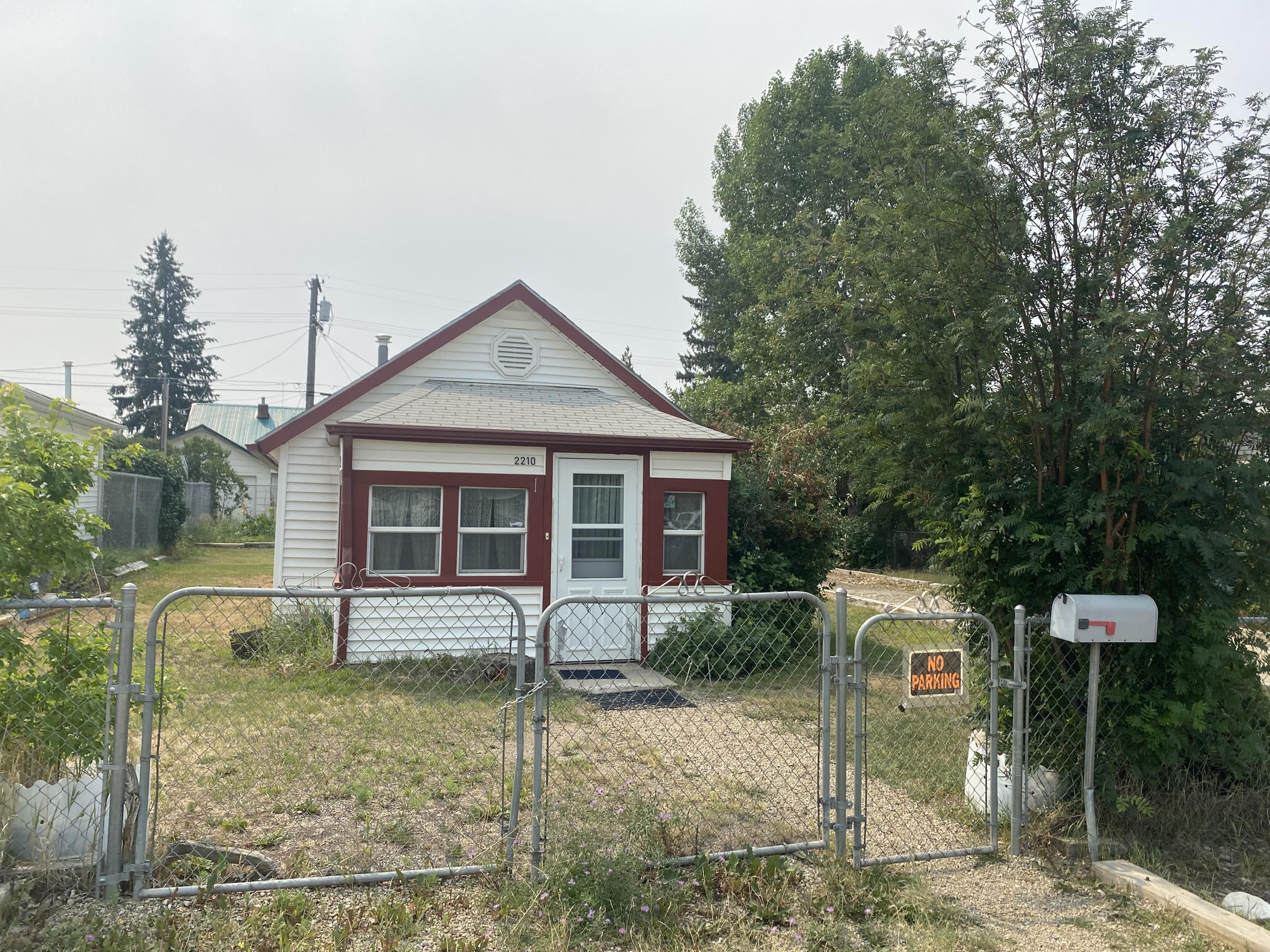 This 1 bed, 1 bath ''shotgun'' house could use a little TLC.   This home is apart of an estate and is being sold ''AS IS''.  The siding  windows and insulation have been updated, Rinnai furnace and newer hot water heater has been installed.     The single car detached garage was built in 2000.   Come see this house with lots of potential to make your own or turn into an investment property.Call Jen Williams at 406-465-8728 or your real estate professional to schedule a personal showing today!