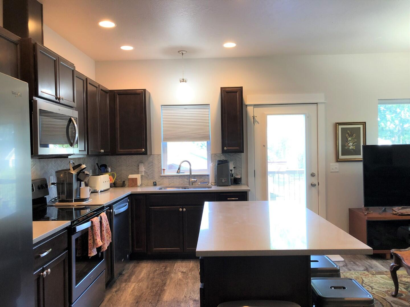 Property Image #2 for MLS #22112927