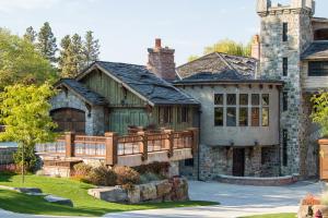 20 Bear Dance Village, Bigfork, MT 59911