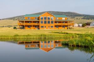 7501 Pioneer Mountains Scenic Byway, Polaris, MT 59746
