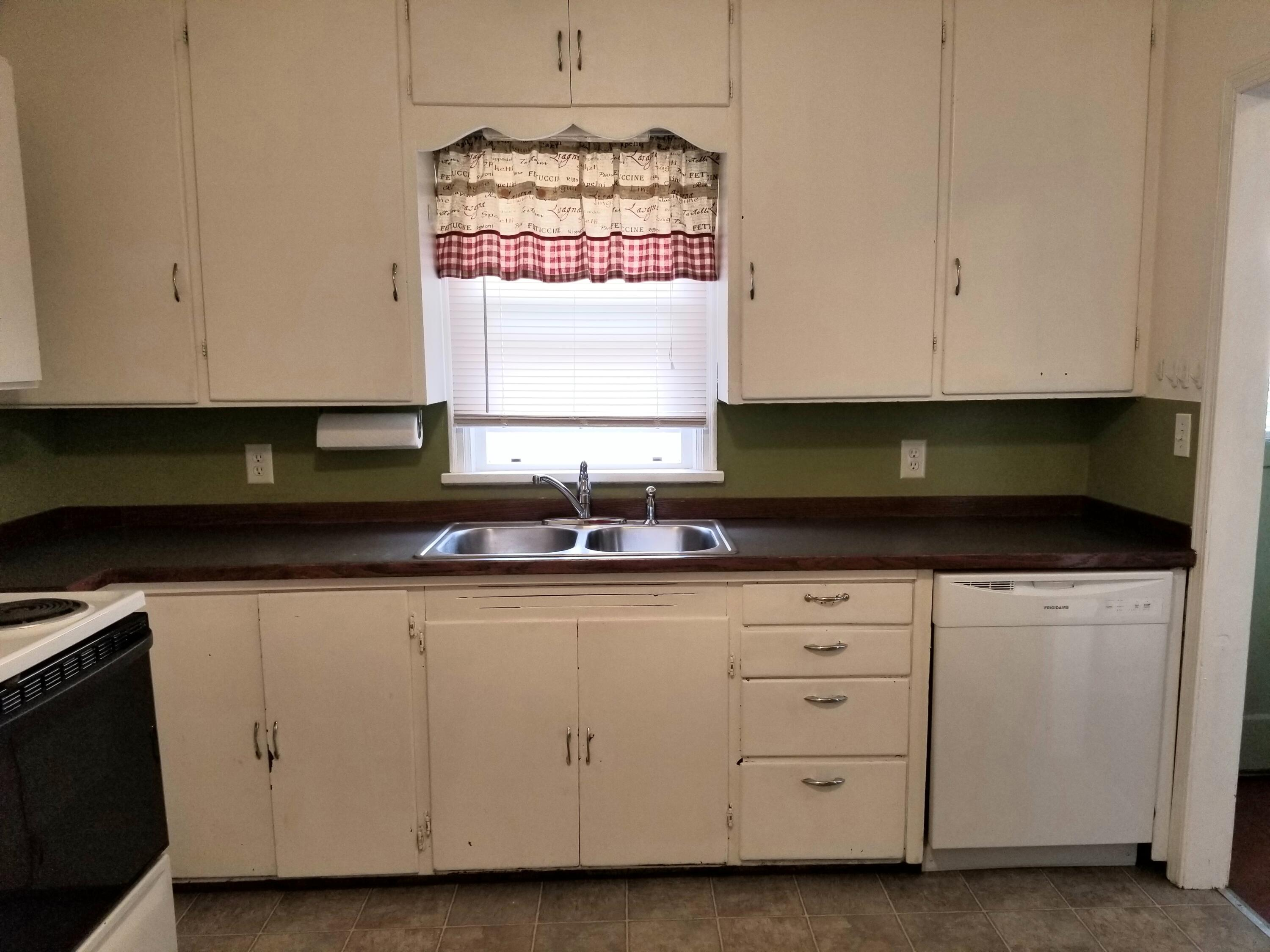Property Image #2 for MLS #22113697