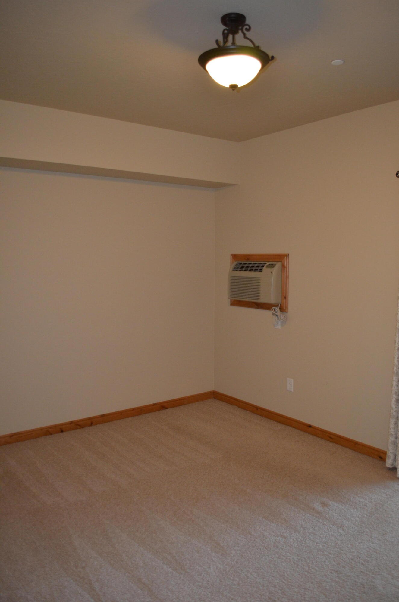 Property Image #9 for MLS #22114004