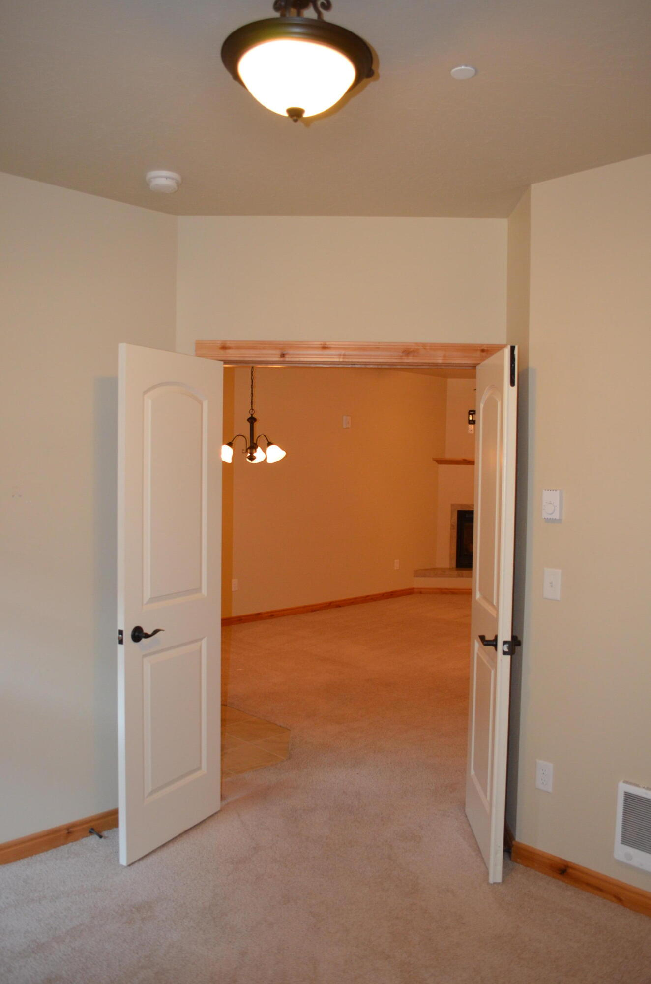 Property Image #2 for MLS #22114004