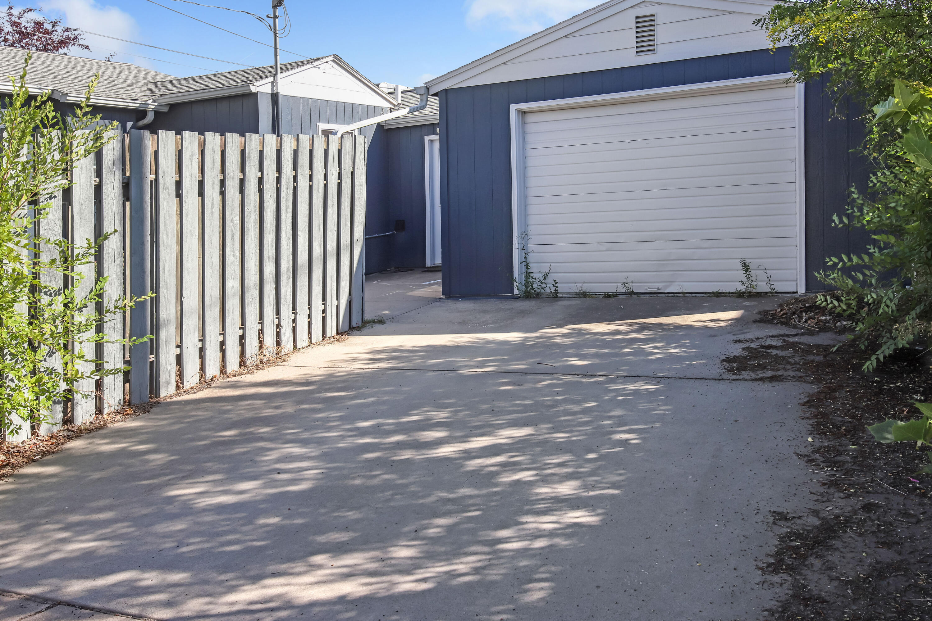 Property Image #4 for MLS #22114706
