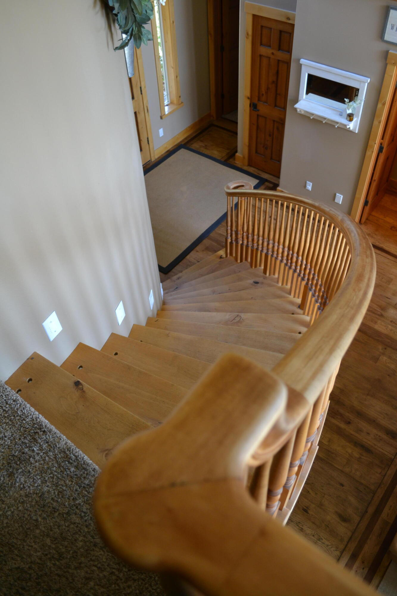 Property Image #2 for MLS #22114147