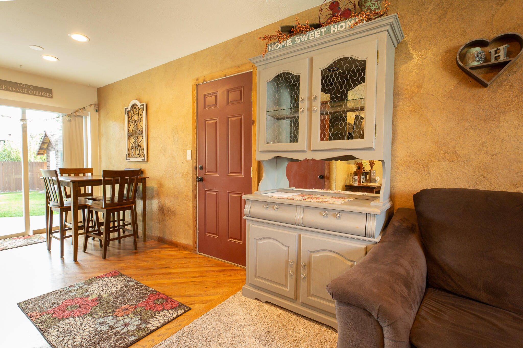 Property Image #2 for MLS #22114363