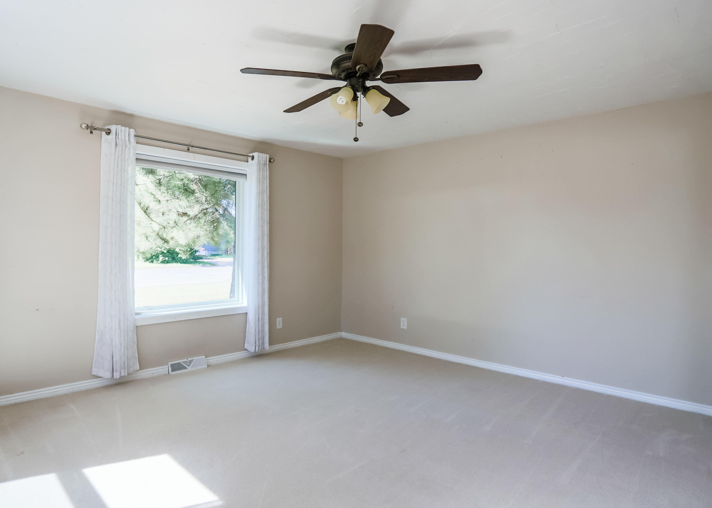 Take a look at this adorable UPDATED home on a LARGE CORNER LOT in the heart of Fairfield!  Ideally located near the school, pool, and park, this could be your chance to enjoy all the benefits of small town living!  This 2 bed, 2 bath charmer offers a total of 1478sf.  246sf of that is an unfinished loft space that could possibly be a 3rd bedroom, kids play space, office, or game room.  The home is situated on 3 city lots totalling 10,500sf.  Call Jen Barnett at 406.781.3947 or your real estate professional.