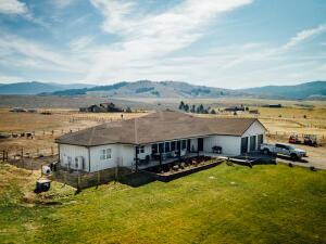 2986 Sunset Ranch Lane, Stevensville, MT 59870