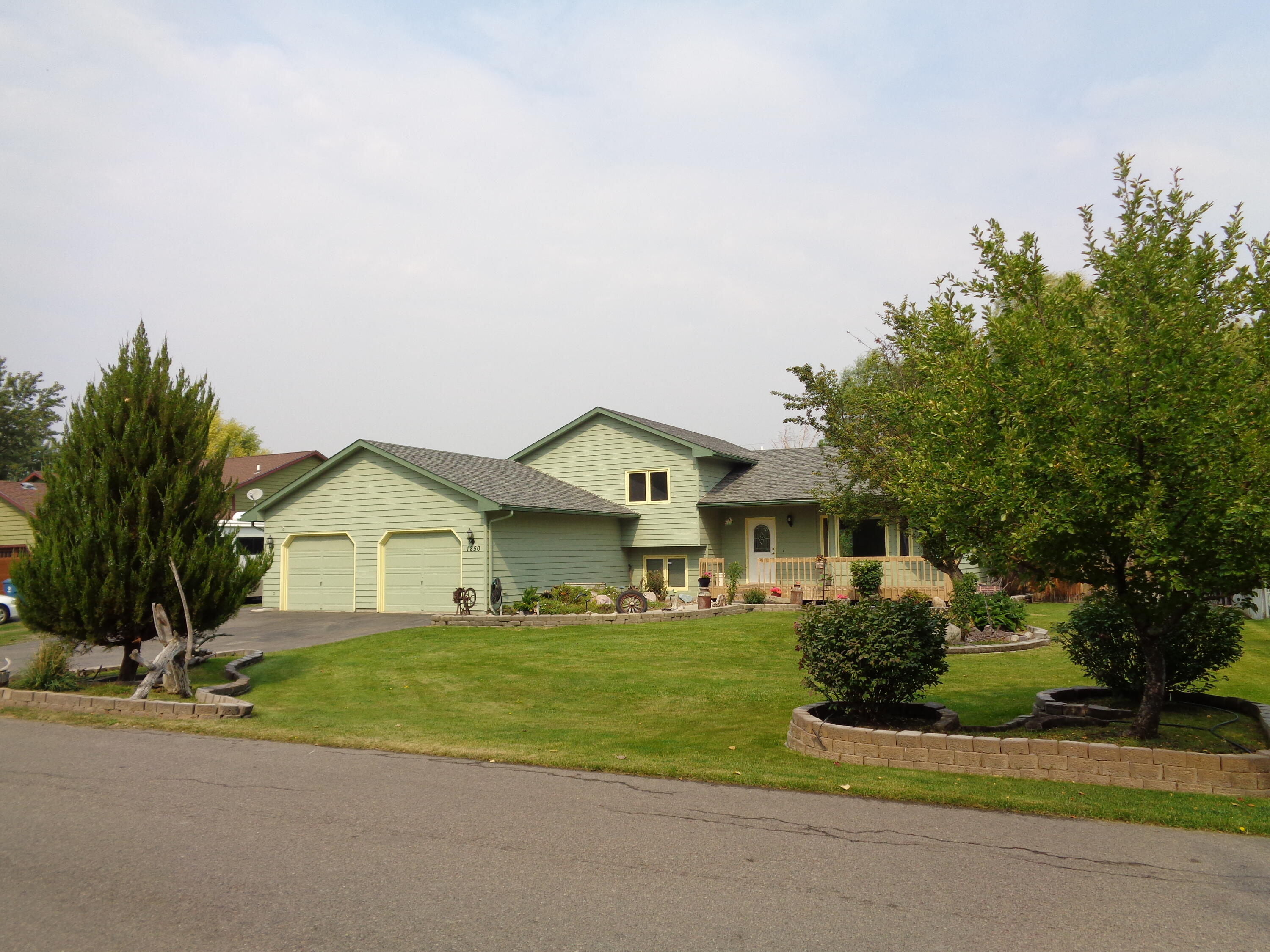 Property Image #1 for MLS #22114545