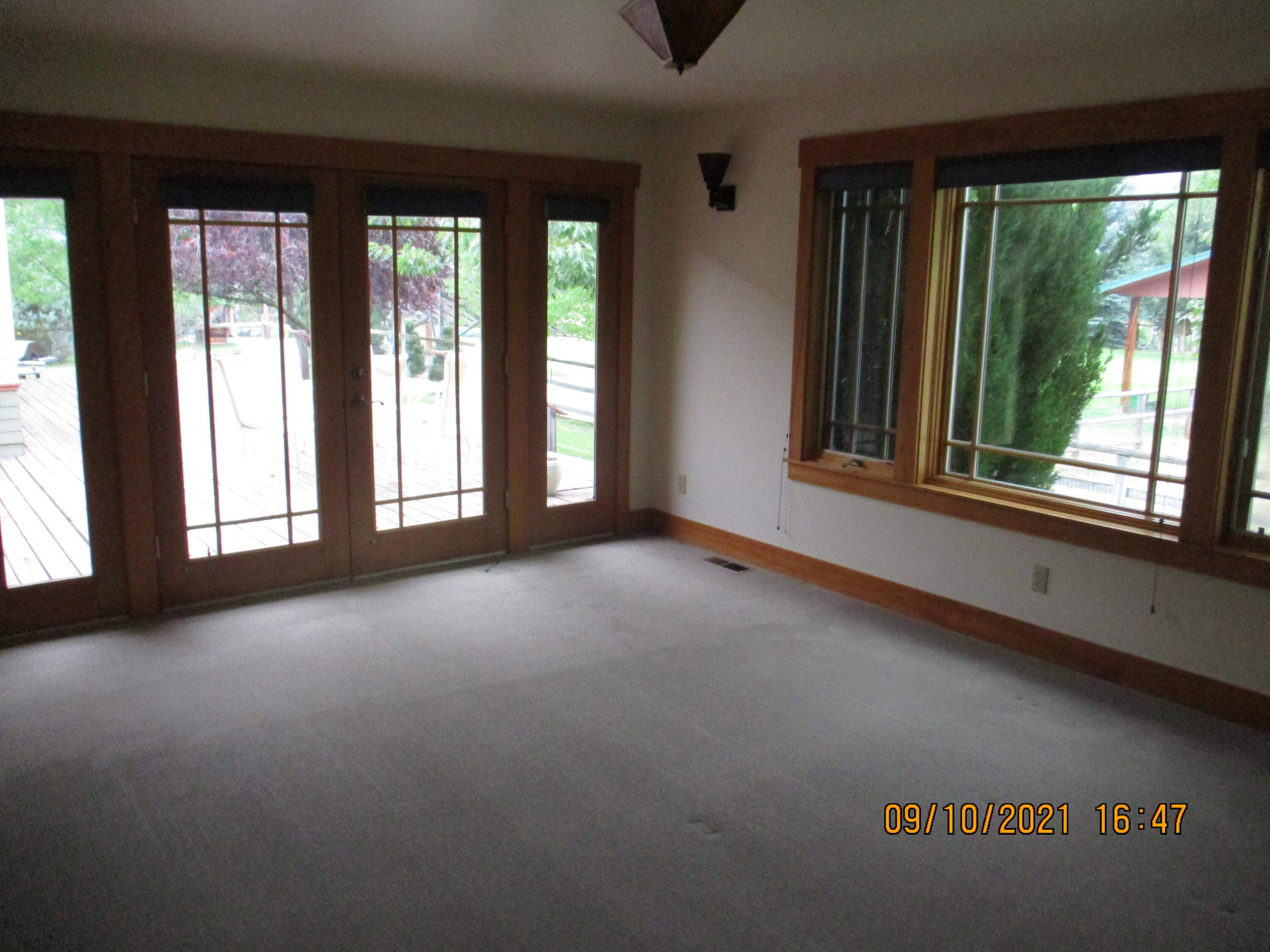Property Image #2 for MLS #22114547