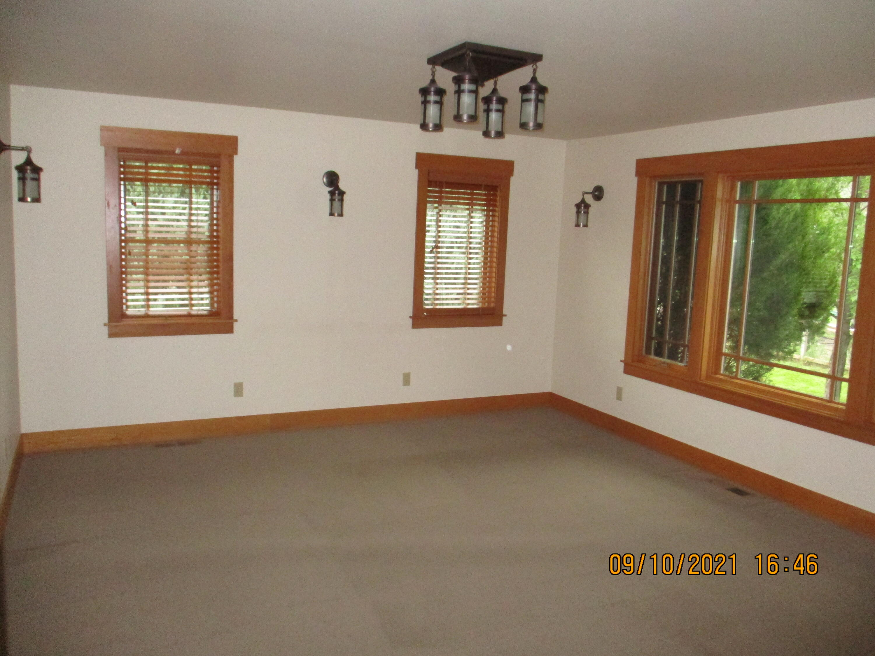 Property Image #5 for MLS #22114547